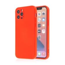 Kryt SWISSTEN Soft Joy pro Apple iPhone 12 Pro - příjemný na dotek - silikonový - červený