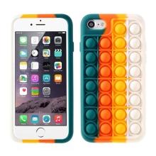 """Kryt pro Apple iPhone 7 / 8 / SE (2020) - bubliny """"Pop it"""" - silikonový - zelený / oranžový"""