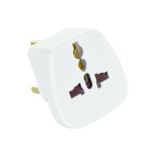 Přepojka / adaptér / redukce - z UK (zásuvka) na univerzální zástrčku, max. 13A - bílá