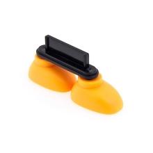 Antiprachová záslepka / stojánek 3D botky pro Apple iPhone / iPod touch mající 30-pin konektor