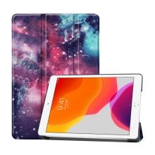 """Pouzdro / kryt pro Apple iPad 10,2"""" (2019) - funkce chytrého uspání + stojánek - plastová záda - galaxie"""