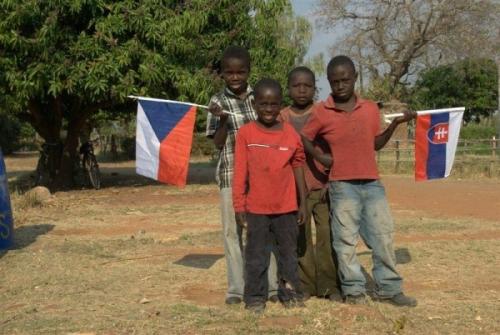 Pomáháme v Africe a Vy můžete s námi