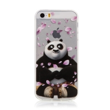 Kryt Kung Fu Panda pro Apple iPhone 5 / 5S / SE - gumový - Po a okvětní lístky