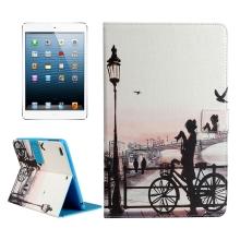Pouzdro / kryt pro Apple iPad mini / mini 2 / mini 3 / mini 4 - integrovaný stojánek - dívka