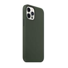 Kryt pro Apple iPhone 12 / 12 Pro - Magsafe - silikonový - tmavě zelený