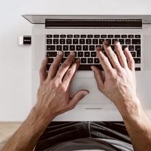 Přepojka / redukce BASEUS - USB-A samice na USB-C samec - kovová - černá