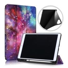 """Pouzdro pro Apple iPad Pro 10,5"""" / Air 3 (2019) / 10,2"""" (2019 - 2021) - funkce chytrého uspání + stojánek - gumová záda - galaxie"""