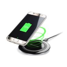 Bezdrátová nabíječka / nabíjecí podložka Qi Cellularline Wirelesspad - černá